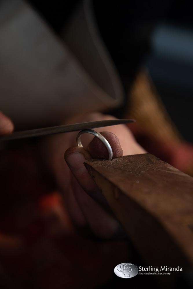 Edelsmid, Edelsmidaanhetwerk, Vijlen, Ringopmaat, Zilvervijlen, Zilverenringvijlen, Ringvijlen, Zilverenring, Ring, Sterling, Zilver, 925