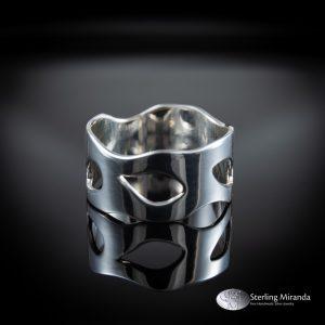 Brede zilveren ring, ingezaagd patroon, luchtig, speels, Handgemaakt, Handmade, Zilver, Sterling, 925